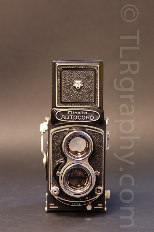 Front view with view finder open - Minolta Autocord RG Version 1, 1961, Japan
