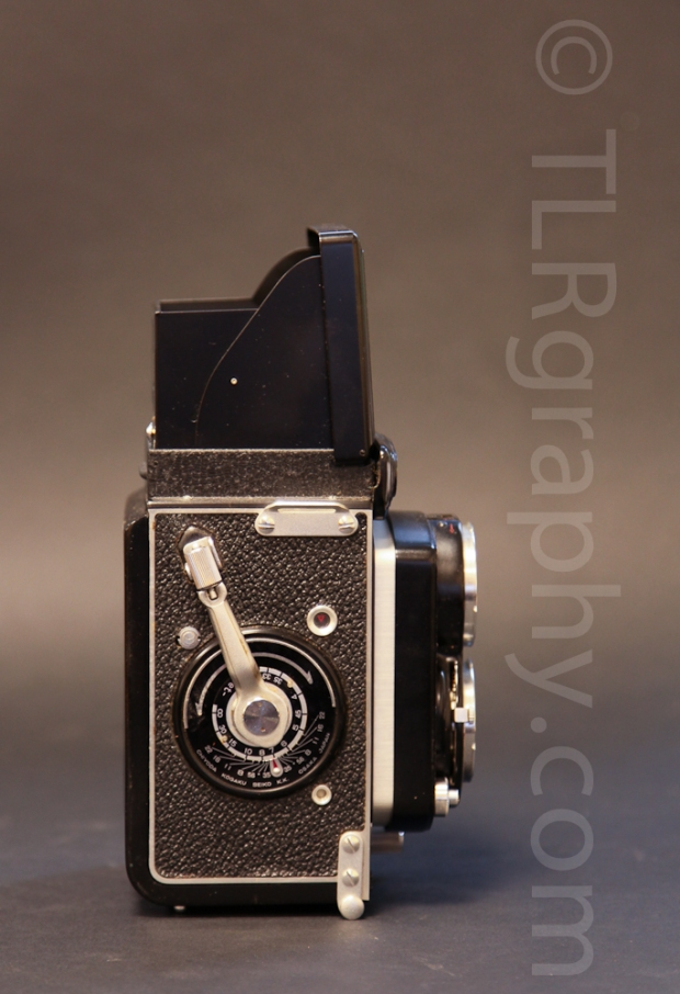 Right side view - Minolta Autocord RG Version 1, 1961, Japan
