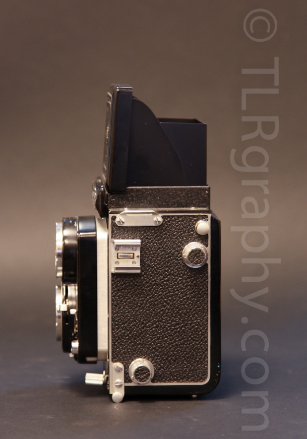 Left side view - Minolta Autocord RG Version 1, 1961, Japan