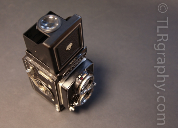 Top view - Minolta Autocord RG Version 1, 1961, Japan